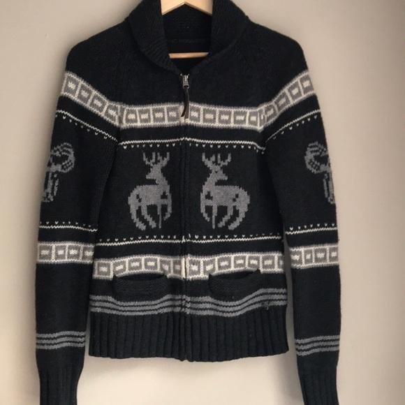 Aritzia TNA 100% Lambswool Sea to Sky Knit Sweater